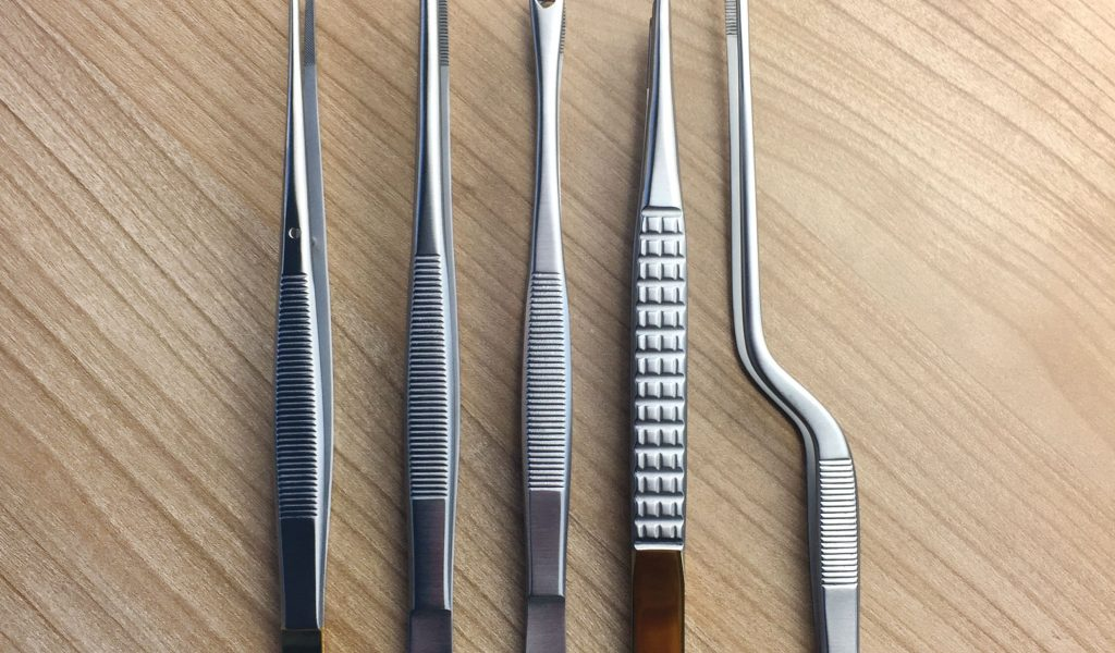 Thumb & Tissue Forceps